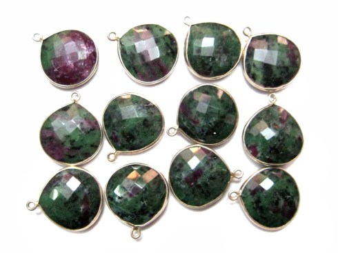 L_Silver_Beads_and_Findings_3497_20x20_mm_tear_drop_faceted_ruby_zoisite_gemstone_dangle_connectors